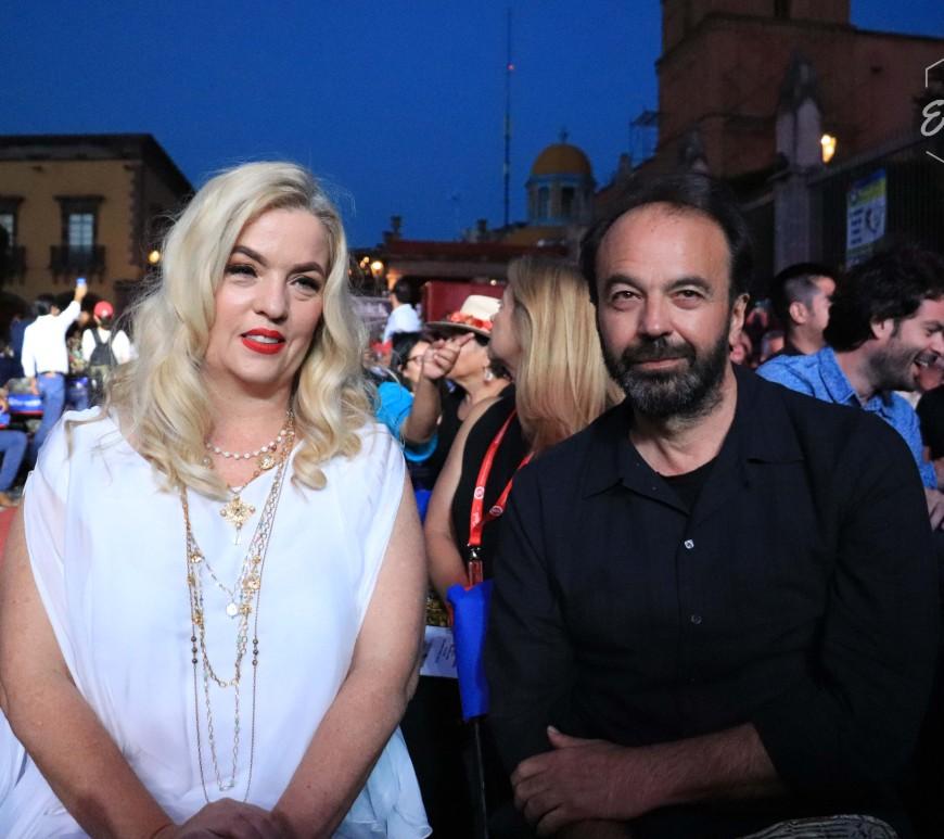 Sarah Hoch y el cineasta Ghassan Salhab